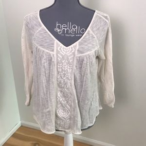 American Eagle white lace quarter sleeve top